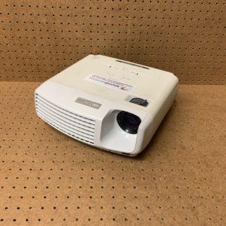 Mitsubishi XD430U portable 2500 lumen DLP data projector