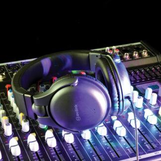 av:link CSH40VC comfort headphones with inline volume control