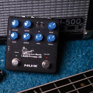 NuX NBP-5 MLD bass pre-amp and DI pedal